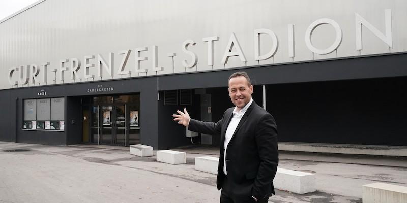 Eishockey Deutschland Cup 2017 in Augsburg, Curt-Frenzel-Stadion   Marco STURM (Bundestrainer),     Copyright by: Siegfried Kerpf, Lerchenweg 24,  86156 Augsburg, Tel: 0172 8200490