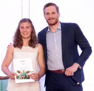 MUC / München 12.07.2017 München: TALENTIADE im SZ-Hochhaus / Preis-Verleihung / Auszeichnung *** Tabea Botthoff (Eishockey); Korbinian Holzer © Johannes Simon